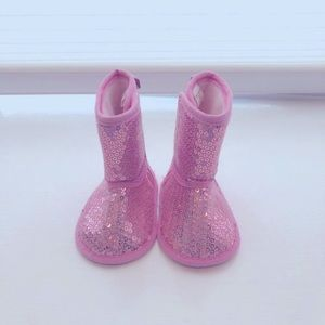 """Sparkly sequined pink """"ugg"""" style boots 3-6 months"""